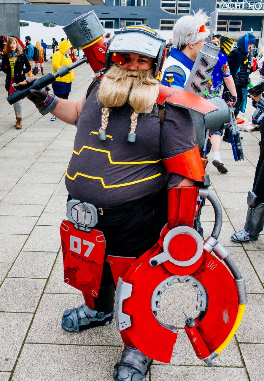 torbjorn cosplay overwatch